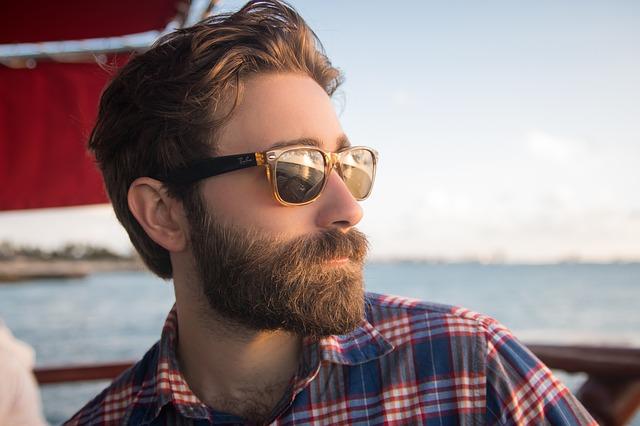 Une barbe propre c'est élégant